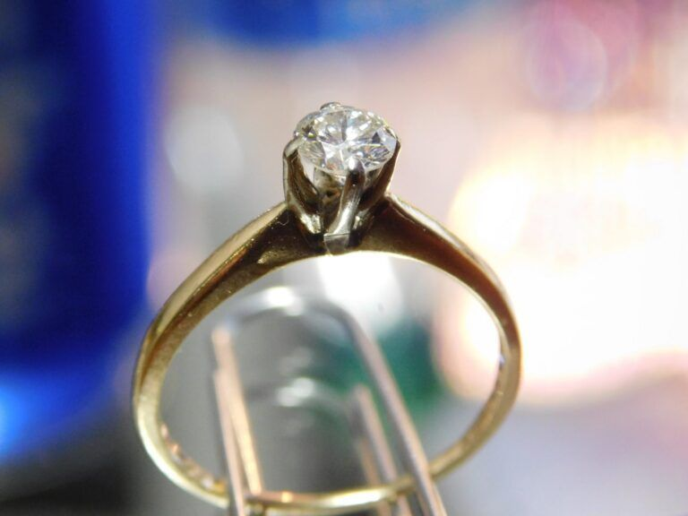 Before Cleaning Gold Diamond Ring